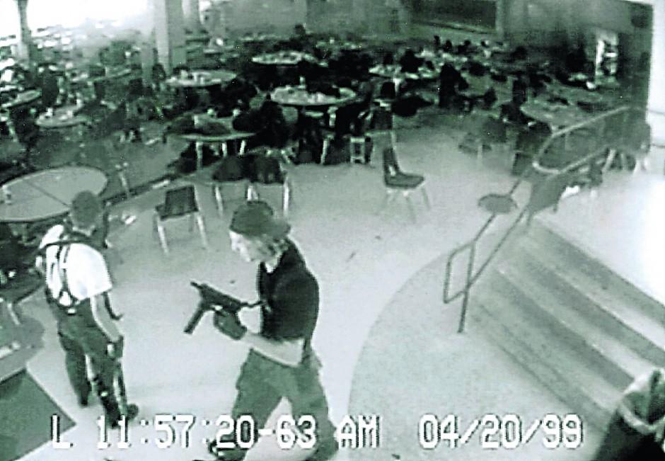 Data: 06/09/2013 - A Gazeta 85 anos Massacre em   escola nos EUA - Foto: Reprodução. Crédito: Reprodução