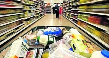 Supermercados vão abrir neste feriado, mas fecham no domingo - Reportagens  - CBN Vitória dbfac14f5c