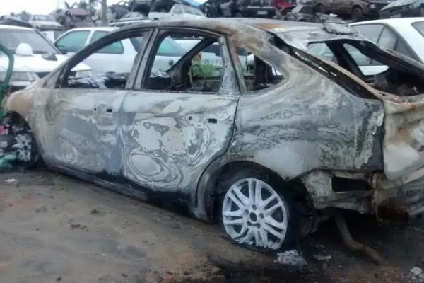 Carro de advogado encontrado morto em Linhares