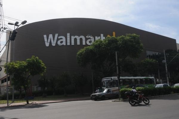 Em Vitória, Walmart oferece melhor preço na cesta 2. Economia chega a R$ 345,28. Crédito:  Vitor Jubini