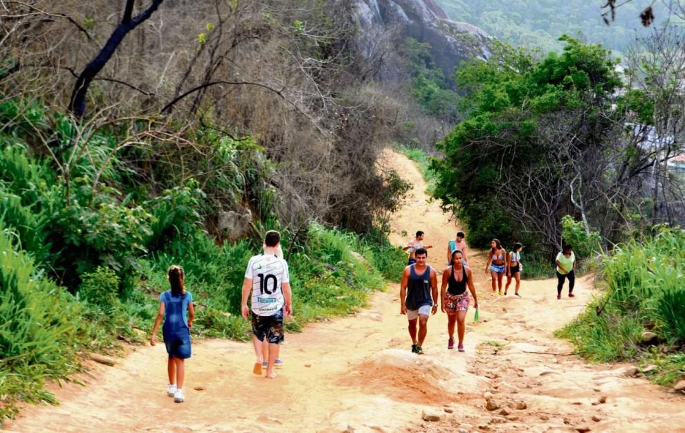 ES - Vila Velha - Escolha sua trilha e curta a natureza - Trilha no Morro do Moreno. Crédito:    Fernando Madeira - GZ