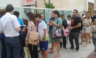 Movimento na manh� desta sexta-feira (29), nas cl�nicas particuladas, em busca de vacinas contra a gripe H1N1 na Grande Vit�ria