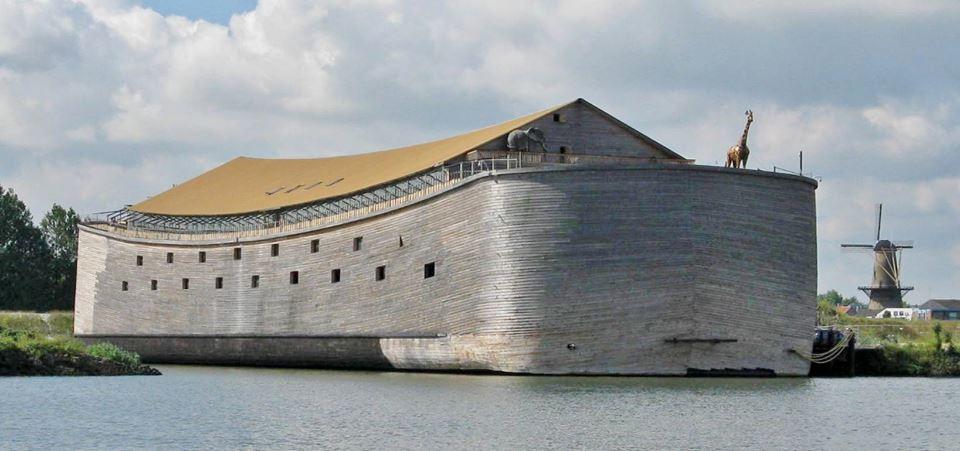 Construtor de réplica da arca de Noé quer trazê-la para Vitória