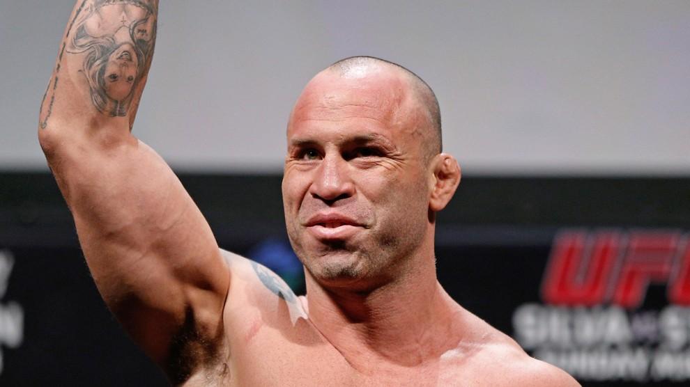 Lutador de MMA, Wanderlei Silva convoca para ato contra vândalos em Curitiba