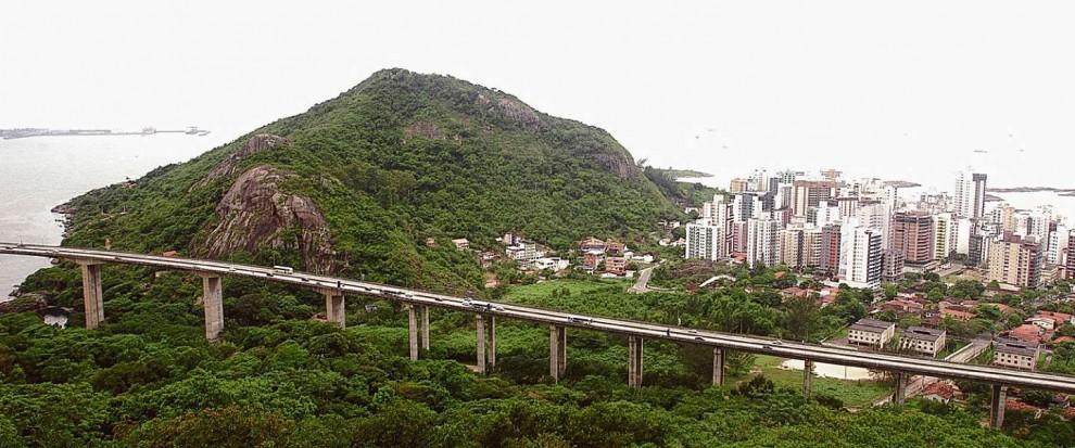 Morro do Moreno é ponto de visitação de turistas e atletas em Vila Velha  . Crédito: Arquivo