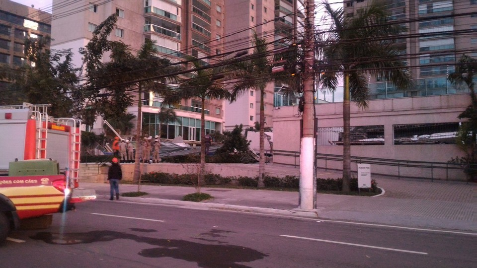 luxury condominium recreation area falls on underground garage