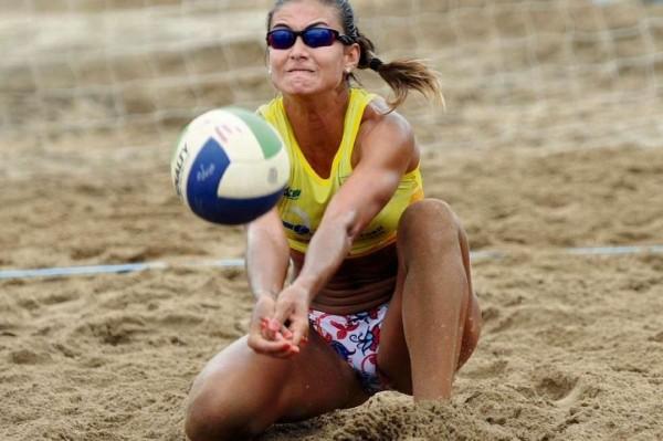 Elize Maia, jogadora capixaba de vôlei de praia