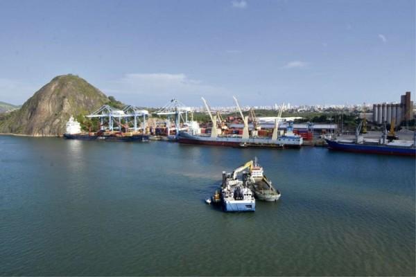 Governo dá primeiro passo para privatizar portos da Codesa no Estado