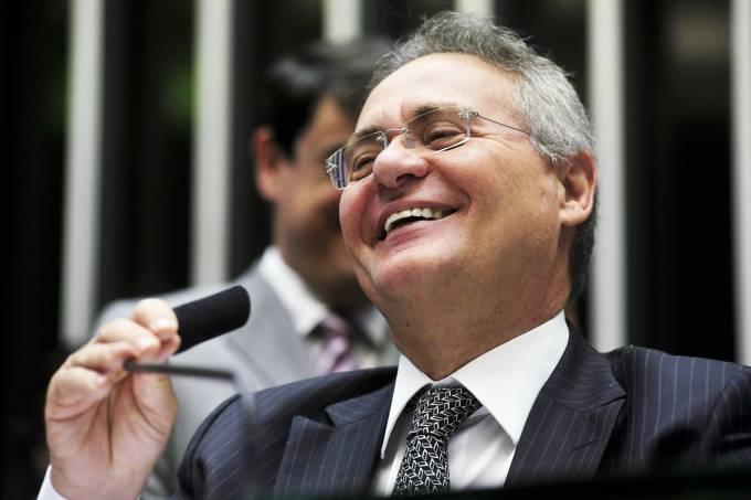 Renan Calheiros rindo. Crédito: Reprodução | Senado