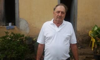 Orides Stelzer, vizinho de Maura Nascimento, que está internada no Hospital São Lucas com suspeita de febre amarela