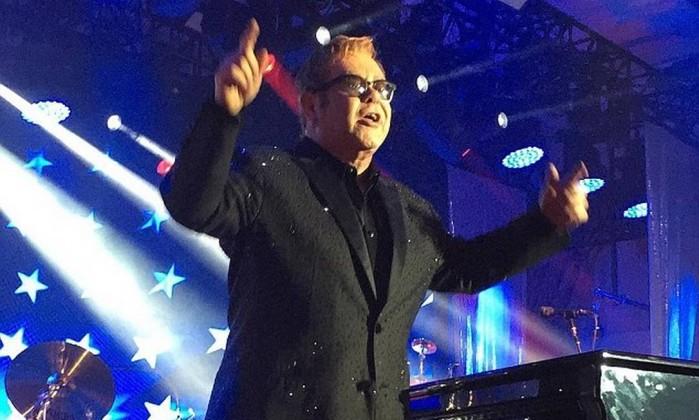 Elton John. Crédito: Reprodução Instagram