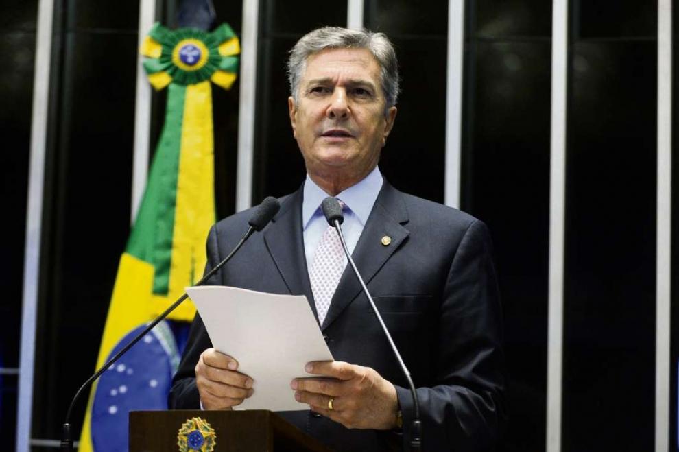 Fernando Collor anuncia pré-candidatura à Presidência