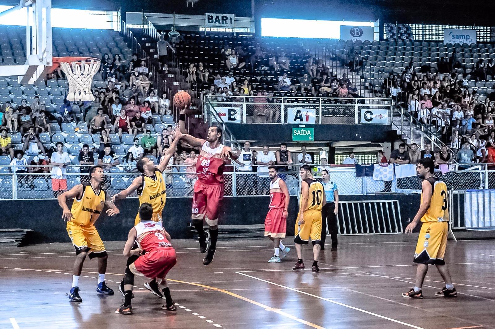 459dff0b9d Álvares e Saldanha estão na final da Copa ES de basquete