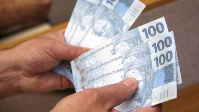Salário mínimo deve ficar abaixo dos R$ 1.006     . Crédito: Arquivo