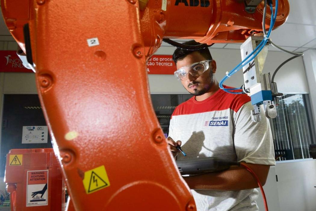 8ee86a28a60f4 Cursos ajudam a aumentar as chances de emprego - Economia - Gazeta ...