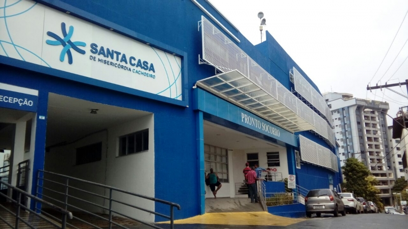 Três vítimas estão internadas na Santa Casa de Misericórdia em Cachoeiro de Itapemirim. Crédito: Geizy Gomes