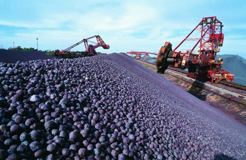 Produção industrial cai em 6 locais pesquisados, mostra IBGE