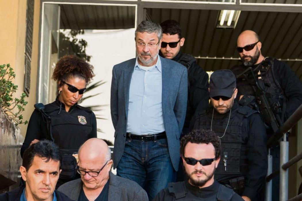 Palocci quer depor novamente para ajudar a 'elucidar crimes'
