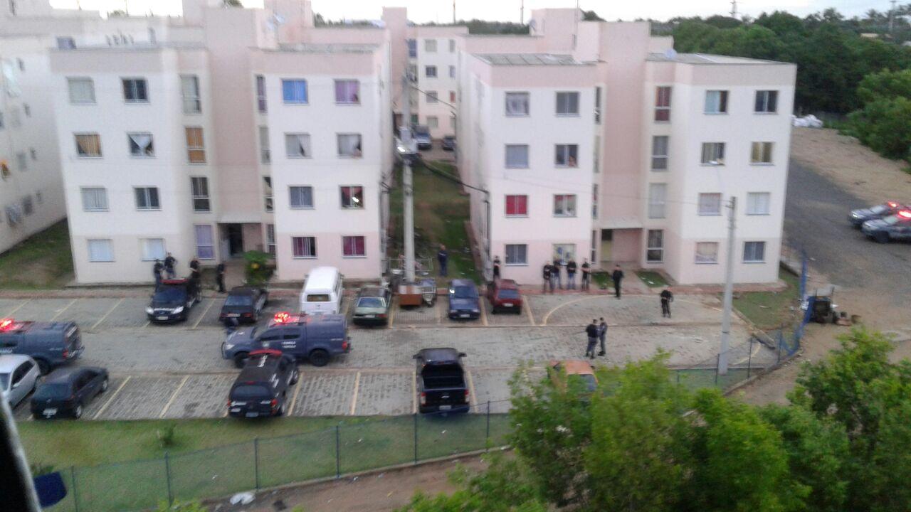 As polícias militar e civil fazem uma megaoperação no Condomínio Ourimar, na Serra. Crédito: Divulgação/PM