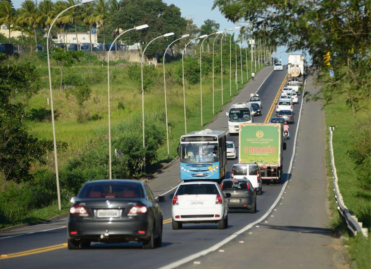 Trechos, como o da Serra a Fundão, receberiam terceiras faixas para melhorar fluidez do trânsito   . Crédito: Vitor Jubini