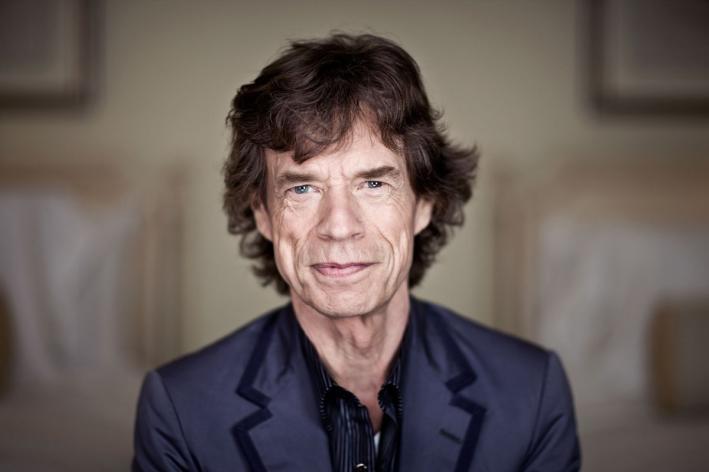 Resultado de imagem para Mick Jagger se recupera muito bem após cirurgia
