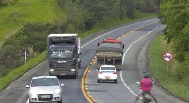 Trecho não duplicado da BR 101 na Serra: empresa propõe intervenção apenas nos locais mais perigosos