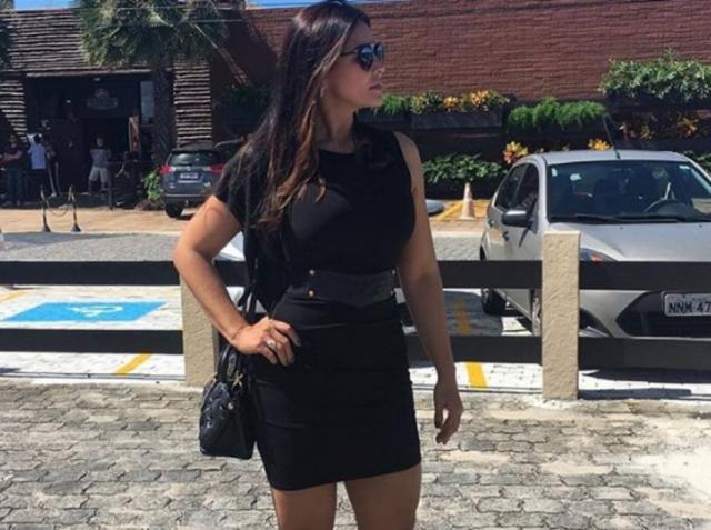 Mulher sem noção publica seu look no funeral da amiga
