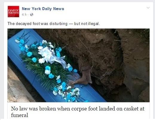 Durante enterro, família vive momento 'Walking Dead' ao ver pé de outro defunto aparecer na terra