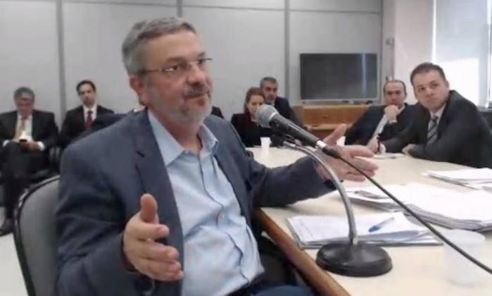Dividido, STF volta a se debruçar sobre pedido de liberdade de Palocci