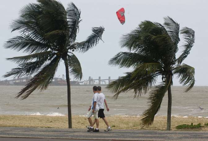 Ventos podem chegar aos 80km/h no Espírito Santo. Crédito: Carlos Alberto Silva