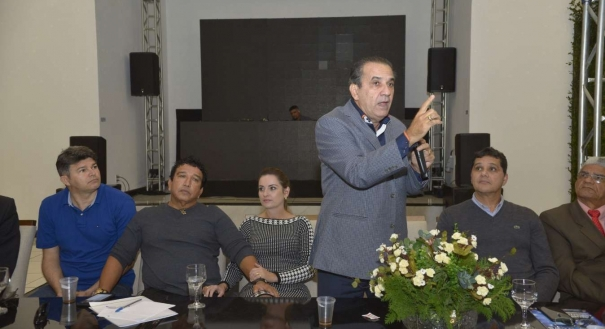 Malafaia fala durante evento que contou com os senadores Magno Malta, Ricardo Ferraço e José Medeiros