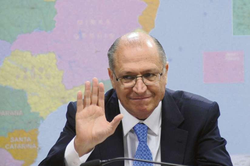 Ele destacou a despoluição nos rios Paraíba do Sul, Sorocaba e Jundiaí, que voltaram a ter peixes