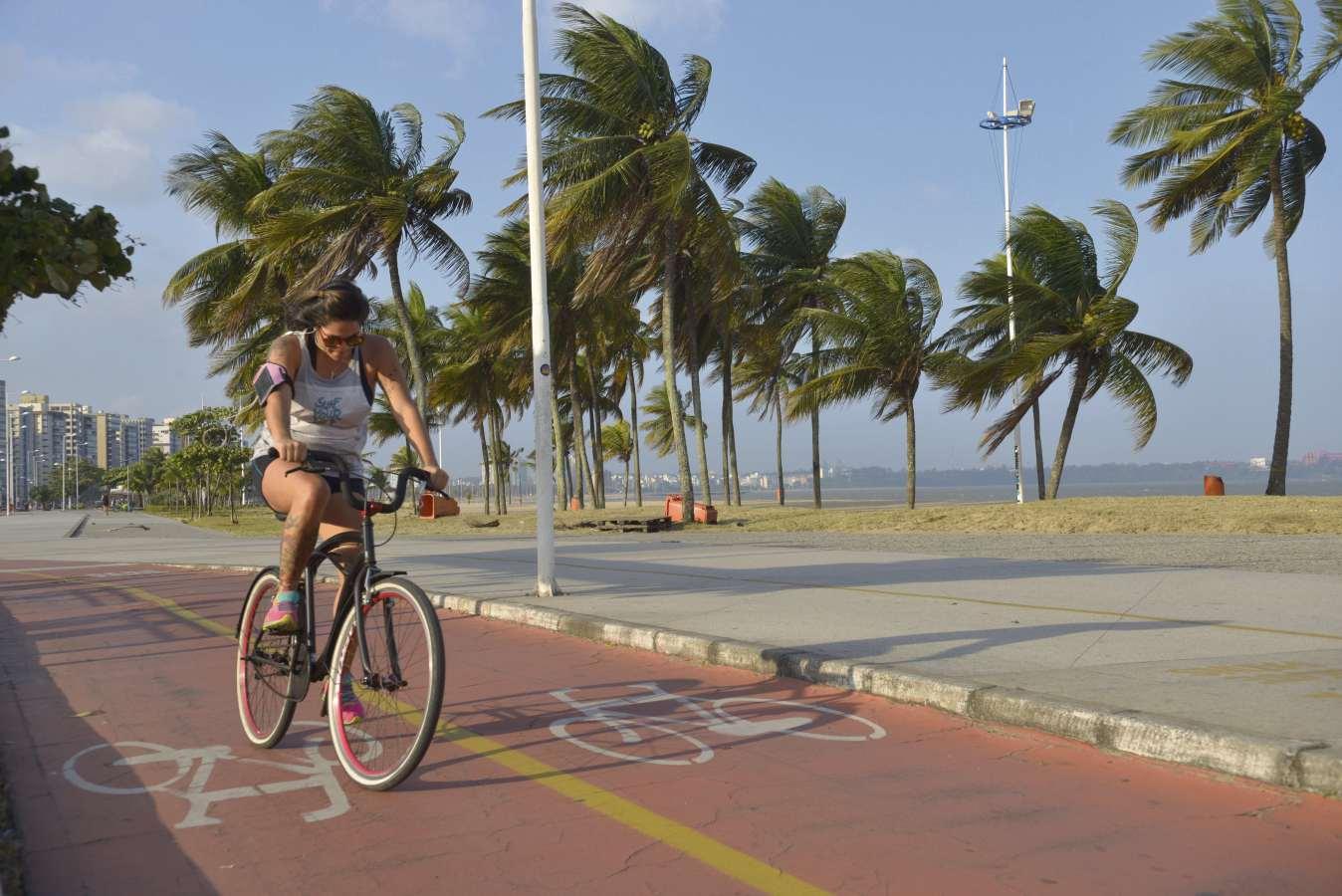 Ventos fortes em Vitória. Crédito: Edson Chagas