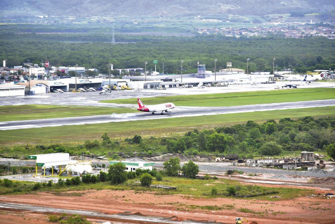 Aeroporto De Vitoria : Atraso nas obras do aeroporto de vitória trazem prejuízos