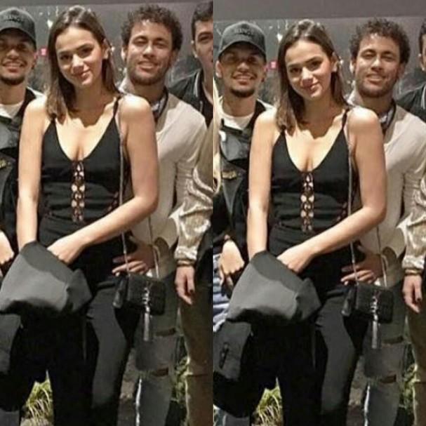 Neymar coloca a mão no quadril de Marquezine e fãs especulam volta
