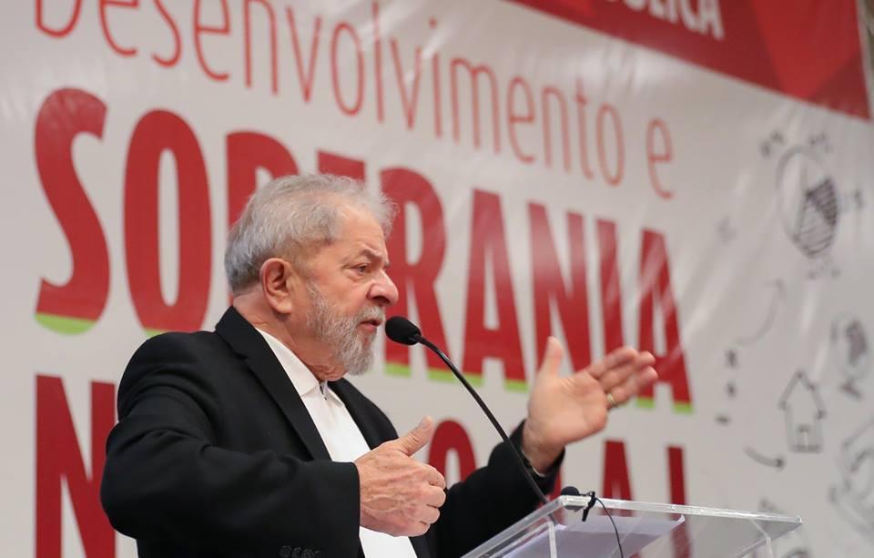 Defesa de Lula mostra recibos originais de apartamento de São Bernardo
