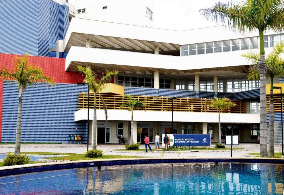 Vítimas foram encaminhadas para o Hospital Estadual Dr. Jayme Santos Neves . Crédito: Fernando Madeira