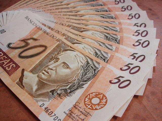 É o menor reajuste do salário mínimo em 24 anos . Crédito: Reprodução/Pixabay