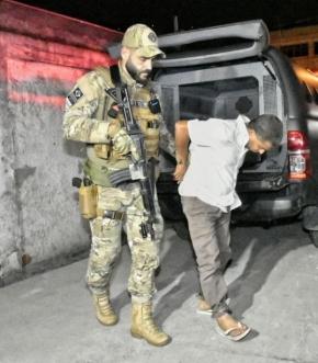 O sequestrador da menina Thayná, Ademir Lúcio Araújo Ferreira, 52, foi preso nesta semana