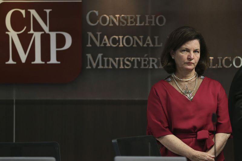 PGR se manifesta contra pedido da defesa de Lula para evitar prisão