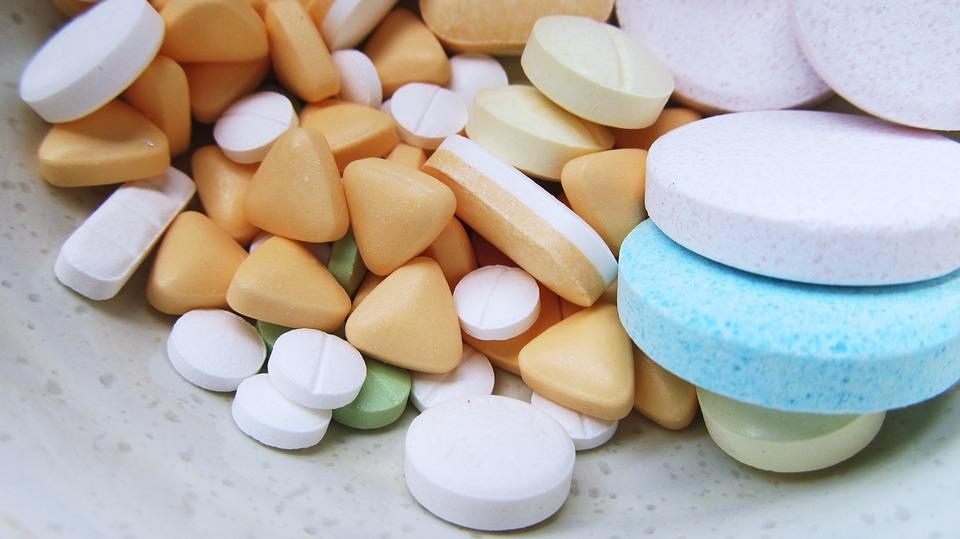 Profissionais vão atuar nas farmácias das unidades de saúde. Crédito: Pixabay