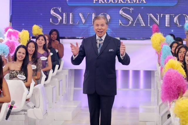 Silvio Santos cria conta no Twitter para 'tirar onda' com funcionários