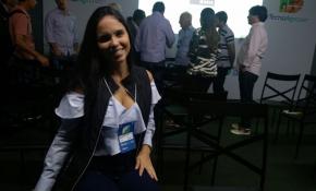 A estudante de Medicina Veterinária Carolina Melo em debate da TecnoAgro