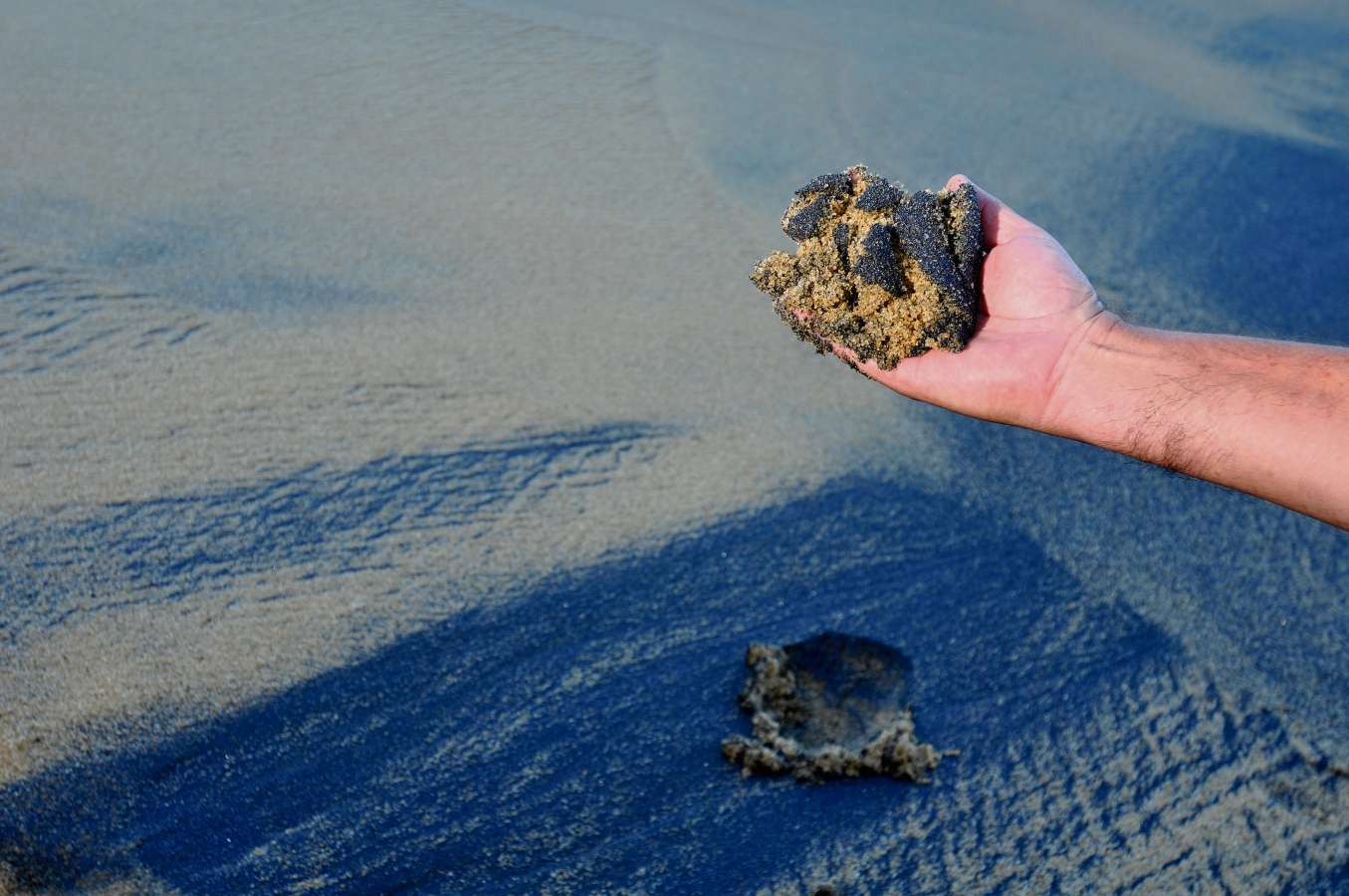 Resultado de imagem para areias terapeuticas guarapari[