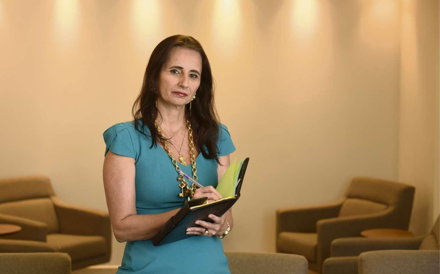 Natache Barros é gerente em uma administradora de benefícios de plano de  saúde 95036803d96c1