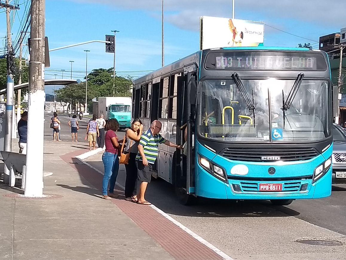 Ônibus do Sistema Transcol . Crédito: Eduardo Dias