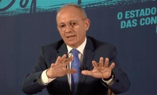 O governador Paulo Hartung
