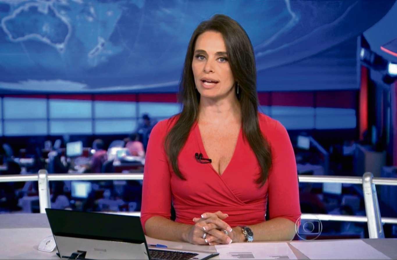 Carla Vilhena quando apresentou o Jornal Nacional. Crédito: Imagem da TV Globo
