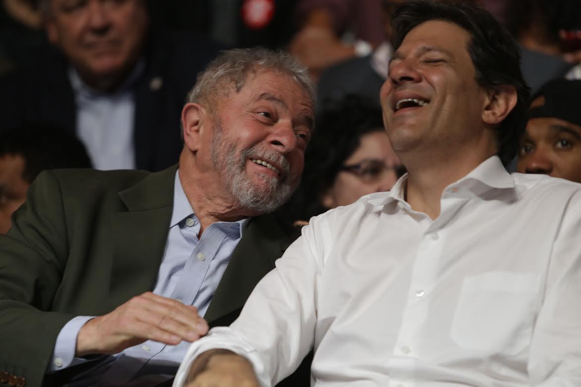 O ex-prefeito de São Paulo Fernando Haddad com Lula . Crédito: Reprodução/Web