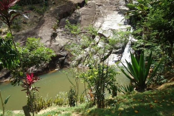 Cachoeira Luizana, em Pancas